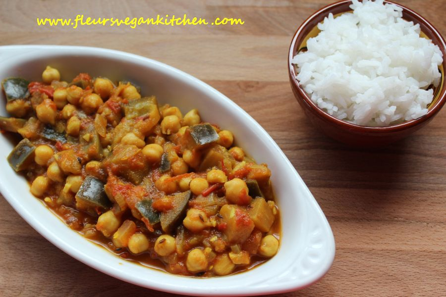 (English) Eggplant and chickpea Curry