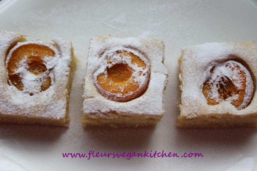 (English) Apricot cake