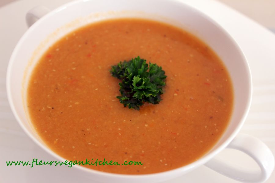 Red lentil creamy soup